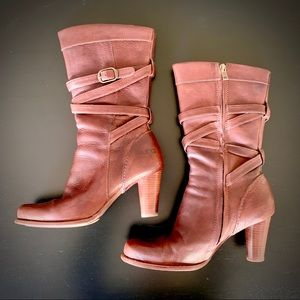UGG High Heeled Brown Cigar Leather Boots